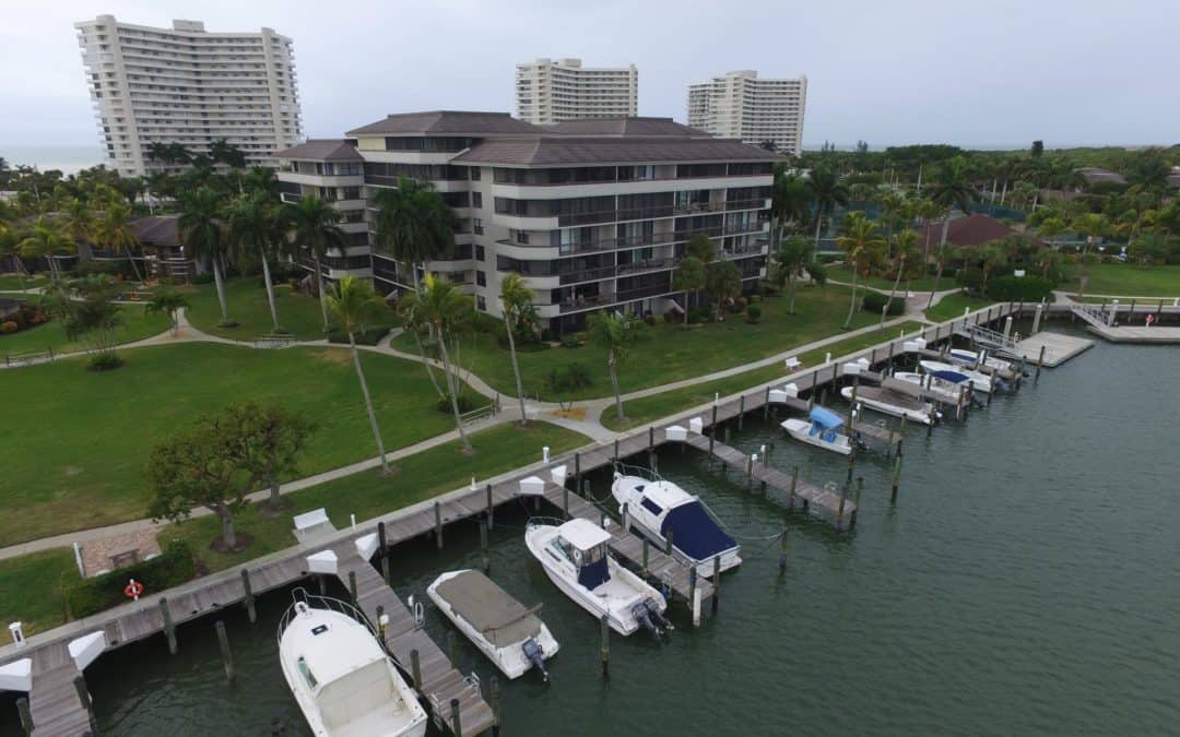 What do locals do for fun on Marco Island?